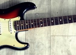 10 Impressive Beginner Electric Guitars – Easy Way to Become a Rock Star!