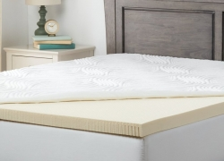 7 Best Mattress Toppers for Side Sleepers to Give Your Mattress a Comfy Feel