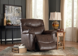 6 Most Spacious Recliners for a Tall Man — Everyone Deserves Superior Comfort!