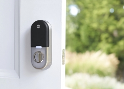 7 Greatest Smart Locks for Airbnb — More Convenience, Less Hassle!