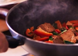 5 Awesome Stir Fry Pans — Get a Modern-Style Wok to Cook Like a Pro!