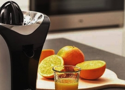 12 Best Citrus Juicers to Buy in 2018 – Reviews and Buying Guide
