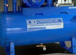 Top 5 Industrial Air Compressors – Reviews and Buying Guide