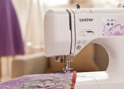 5 Computerized Sewing Machines Perfect for Your Creativity
