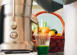 5 Most Easy-to-Clean Juicers that Will Save You Time and Effort
