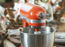 8 Best KitchenAid Mixers to Ease Up Your Cooking Tasks