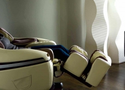 Top Massage Chairs Under $1000 – Pamper Yourself, Even On a Budget