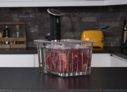 10 Best Containers for Sous Vide Immersion Circulators – Professional Cooking Approach!