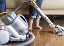 8 Best Vacuums for Hardwood Floors: a Selection of Upright, Stick, and Even Robot Cleaning Companions