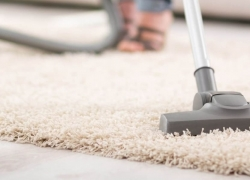 Top 8 Vacuums Under $200 – Reviews and Buying Guide